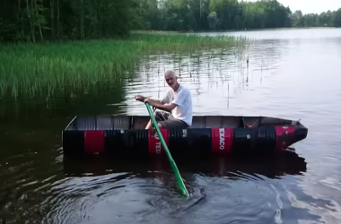 DIY Boat Made From Used Texaco Oil Drums Rows Like A Champ